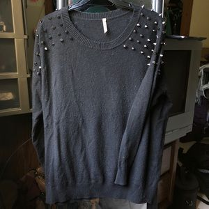 Sweewe Paris Spiked Studded Pullover Sweater SOFT